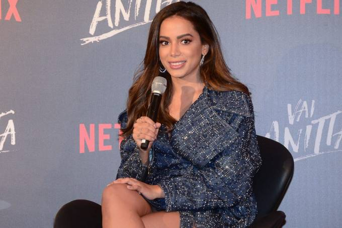Vocês vão descobrir por que me divorciei, diz Anitta sobre série
